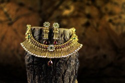 Gems-jewellery