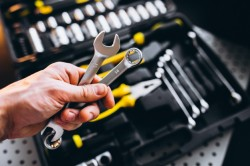 Hand & allied tools