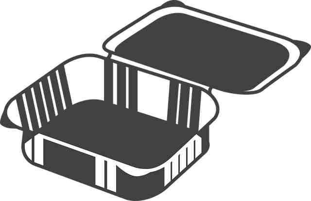 Pet container