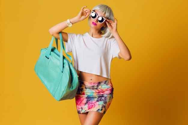 Ladies fashions apparels