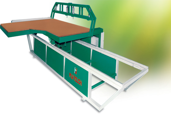 Sliding table panel saw machine