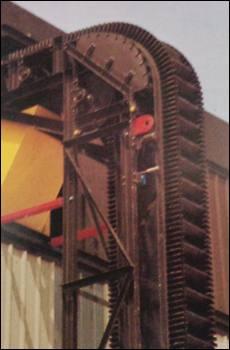 Sidewall / high angle conveyors