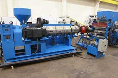 Reconditioned plastic machinery